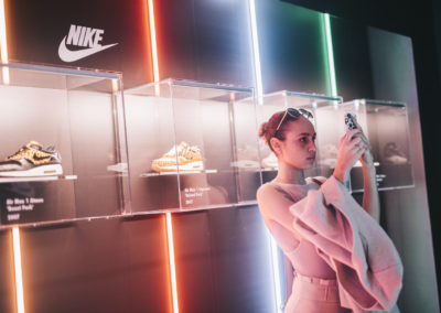 nike atmos elephant photographe reportage photo paris showroom sneakers evenement lifestyle photographer nicolas jacquemin